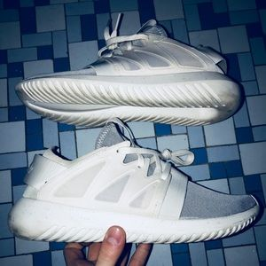 adidas Shoes - Adidas Tubular